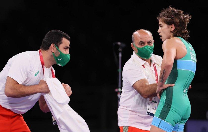 Тайбе Юсеин ще се бори за бронза от 15:00 ч., Евелина Николова е на полуфинал от 12:30 ч.