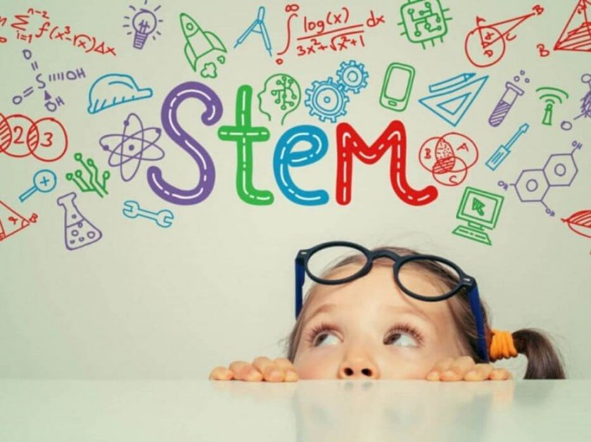 Какво представлява STEM обучението и как новите технологии променят образованието