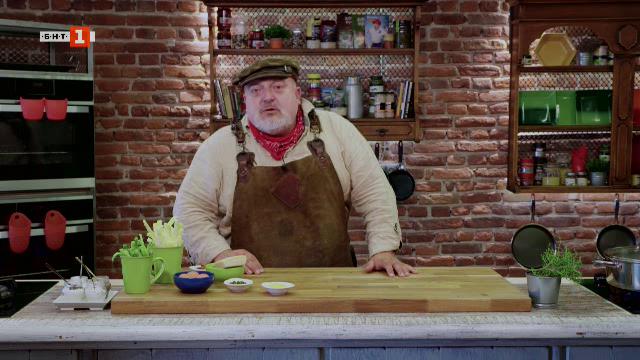 Салата със зелен фасул и боб яхния с чушки