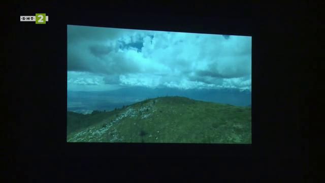 Могат ли родолюбивите филми да намерят място в учебните часове