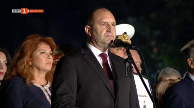 """Румен Радев: Днес будна България преоткрива силата на девиза """"Съединението прави силата"""""""