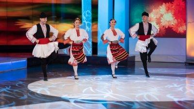 Виртуозният кавалджия Недялко Недялков и певицата Рени