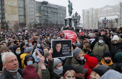 Протестите в Русия, бъдещето на Путин и съдбата на Навални