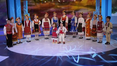 "Лауреатите от Деветия национален музикален и танцов конкурс ""Пиленце пее"""