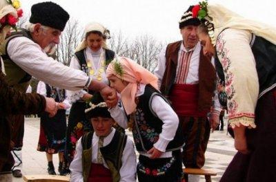 Как празнуват Сирни Заговезни пиринските македонци? - 14.03.2021
