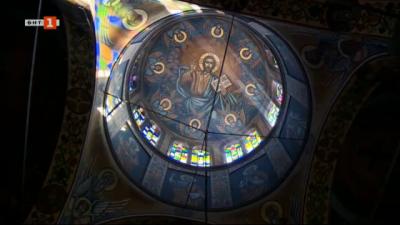 """Храм """"Св. преподобна Параскева"""" в Троян"""