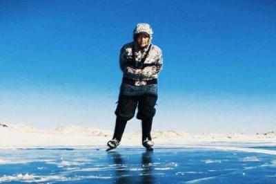 Кънкьорката от езерото Байкал