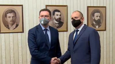 Cumhurbaşkanı hükümet kurma yetkisini GERB-SDS koalisyonuna sundu