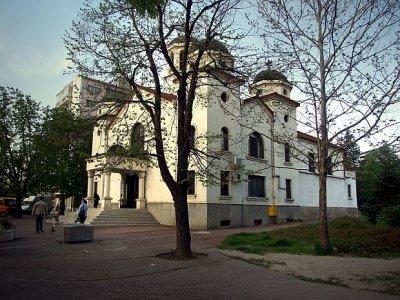 """Храм """"Св. Йоан Рилски"""" в Търговище 25.04.2021"""