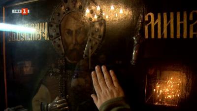 """Историята на храма """"Успение Богородично"""" в село Сапарево"""