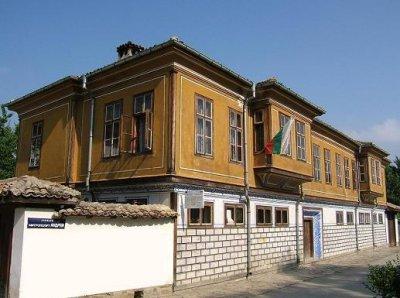 Захариевата къща и къщата на Куруто