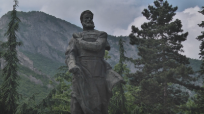 Bulgaria marks the day of revolutionary Hristo Botev and commemorates liberation heroes