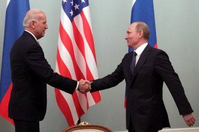 """Как Джо Байдън ще преговаря с Путин - човека, когото нарече """"убиец"""""""