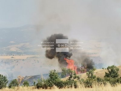 Large wildfire is burning in the area of Blagoevgrad