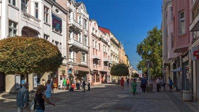 Главната улица на Пловдив - най-дългата пешеходна зона в Европа