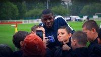 снимка 8 Възмутени: Футболът се справя с дискриминацията